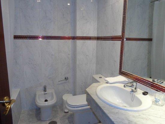 Hotel Fernando III : Ванная комната