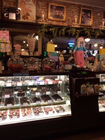 La King's Confectionery: Chocolate assortment