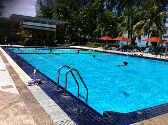 Holiday Inn Resort Penang : The Pool