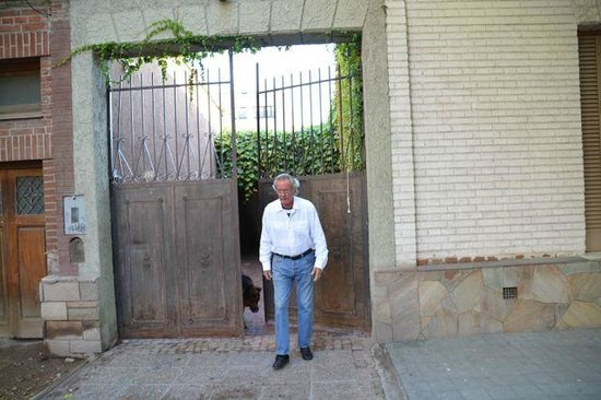 Casa Lila: Outside gates--very well secured