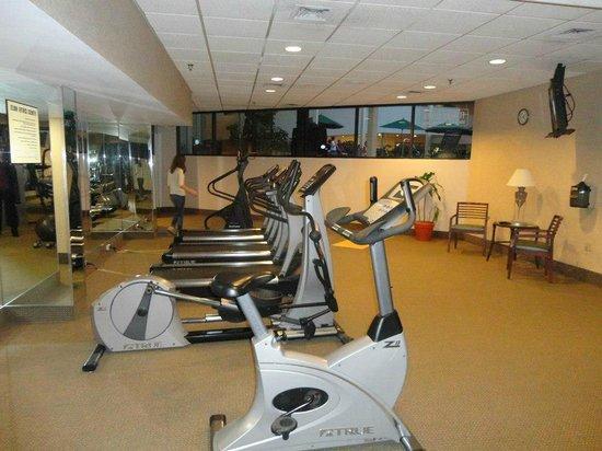 Radisson Hotel Cromwell: Fitness room.