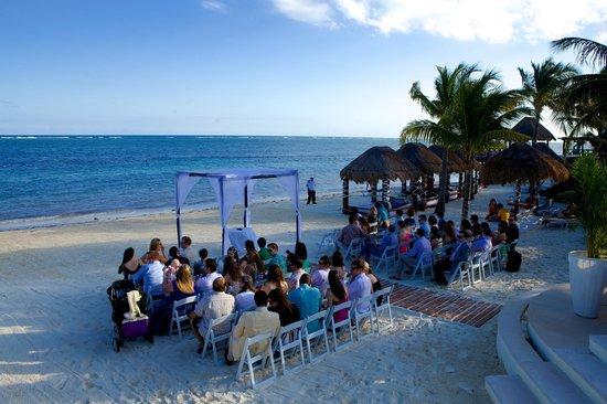 Azul Beach Resort Riviera Maya: Beach Wedding (photo by seanchristopherweddings)