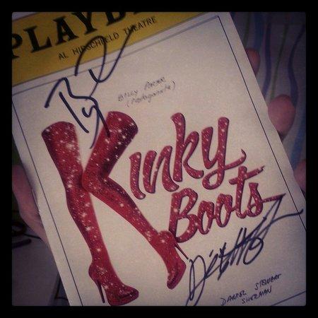 Kinky Boots on Broadway: Exemplar assinado pós-show :D
