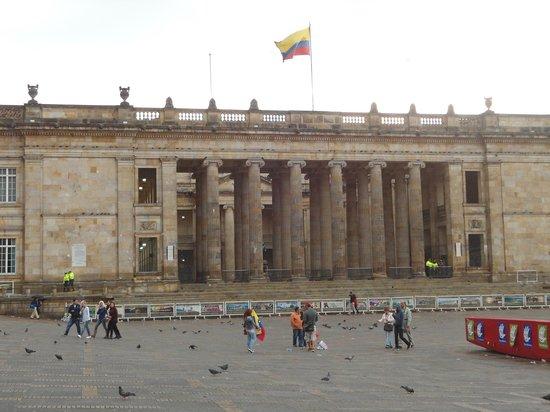 Barrio La Candelaria: Plaza Bolivar