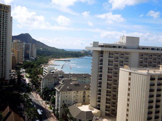 Holiday Inn Resort Waikiki Beachcomber: テラスからの眺め ダイヤモンドヘッドも見えました