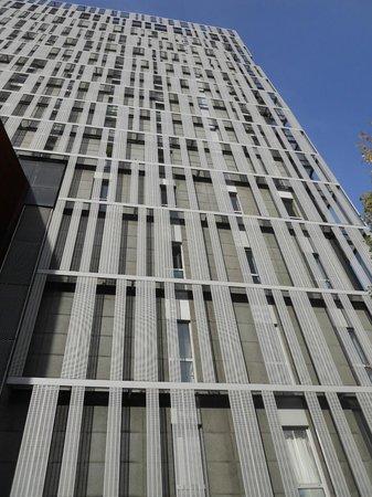 Urbany Barcelona Hostel : Veduta esterna dell'ostello