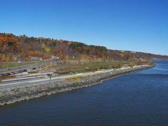 La Promenade Samuel-De Champlain: La Promenade Samuel-de-Champlain
