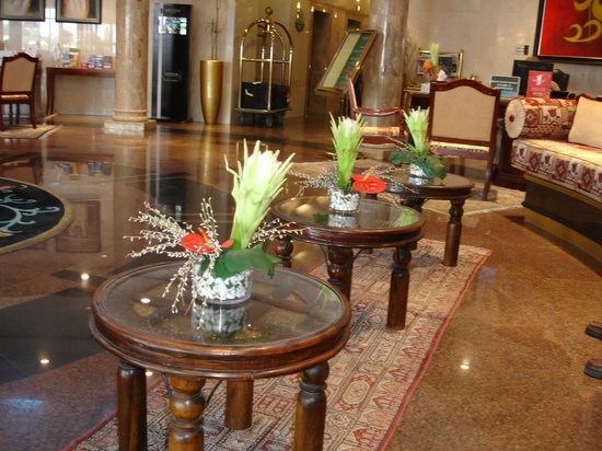 Tamani Hotel Marina: Reception Area