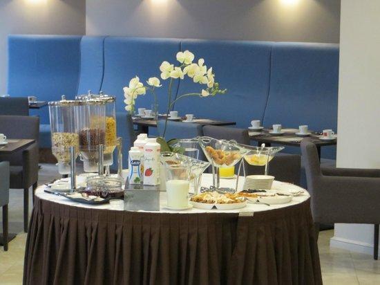 Astor Riga Hotel & Conference : breakfast part 2