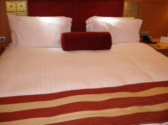 Tamani Hotel Marina: Master Bedroom