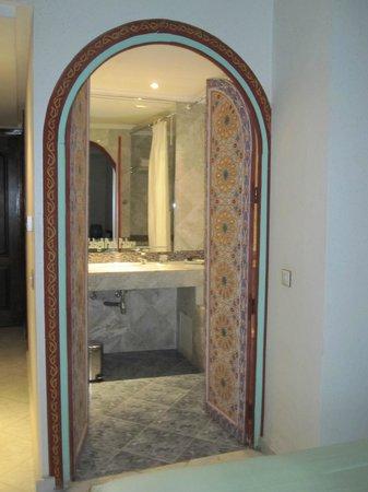 Zalagh Parc Palace: Badeværelse