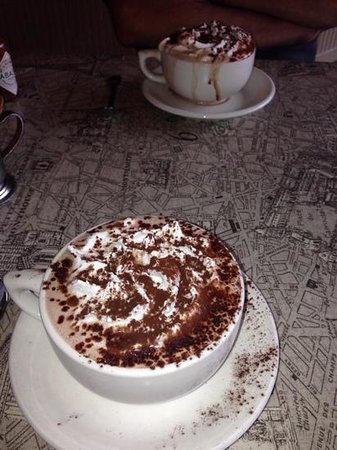 Alexis Baking Company: their yummy hot chocolate