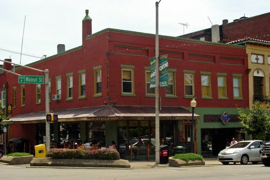 Walnut Street Inn Updated 2017 Prices Villa Reviews Bloomington In Tripadvisor