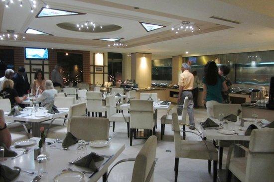 Hotel Sandesh The Prince: weißer Saal
