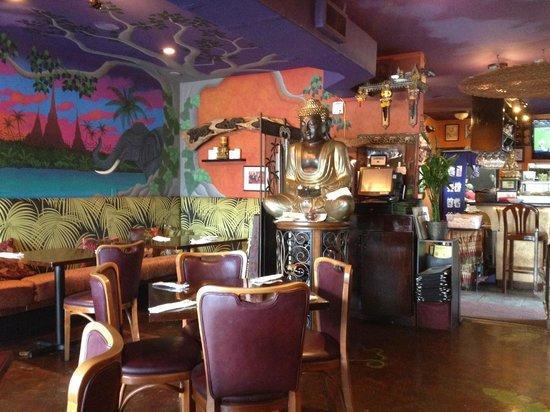 Malakor Thai Cafe: Charming