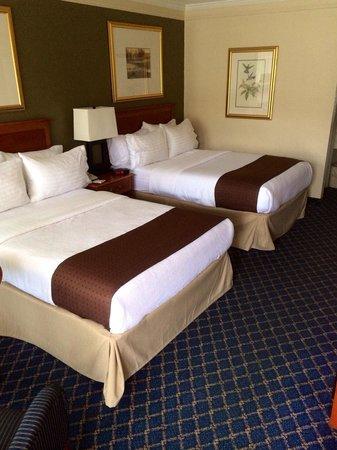 Clarion Inn Hotel : Double Room