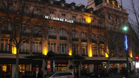 Crowne Plaza Paris Republique: Vista Esterna