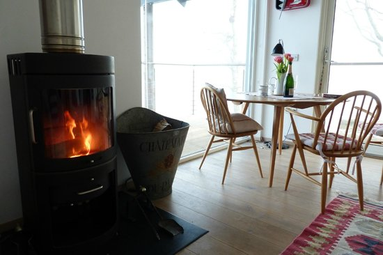 Rock House: Warm and cosy