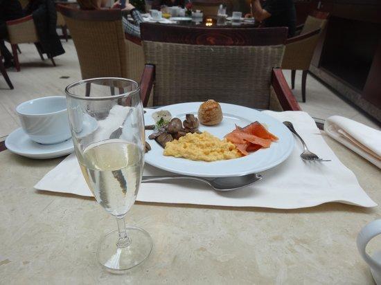 Corinthia Hotel Budapest: Petit déjeuner