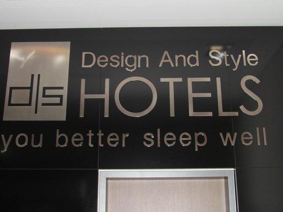 Novum Style Hotel Berlin Zentrum: It's not as threatening as it sounds. You do sleep well though
