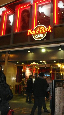 Hard Rock Cafe Paris : Ingresso Locale