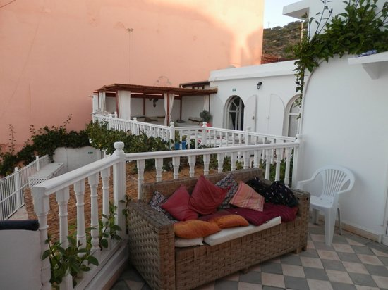 Surf Maroc Taghazout Villa: Balcony and terrace