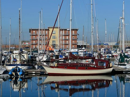 Premier Inn Hartlepool Marina Hotel: Right outside the new wing rooms