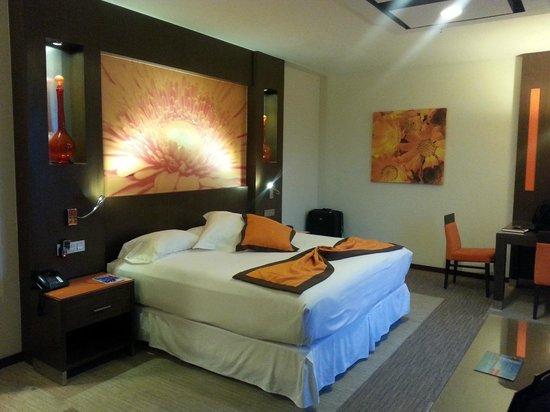 Hotel Riu Plaza Guadalajara: Confortable bed an pillows