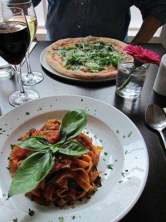 Shardana: Vegetarian pizza & pasta + 2 large wines for £35 > Great Value