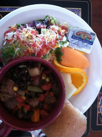 Mentor, MN: Italian stew comes with a nice salad and fresh fruit and a roll. Excellent