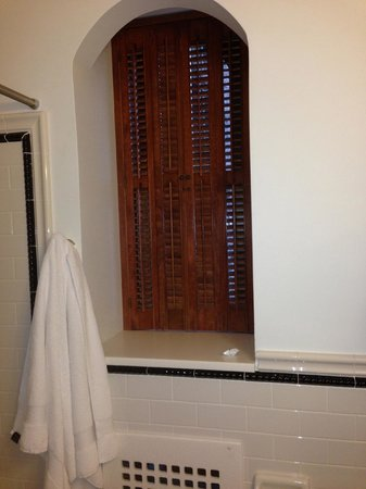 Mohonk Mountain House: Thick walls - old-style shutters for privacy