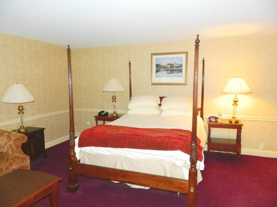 Historic Inns of Annapolis: Guest Room, Queen Bed