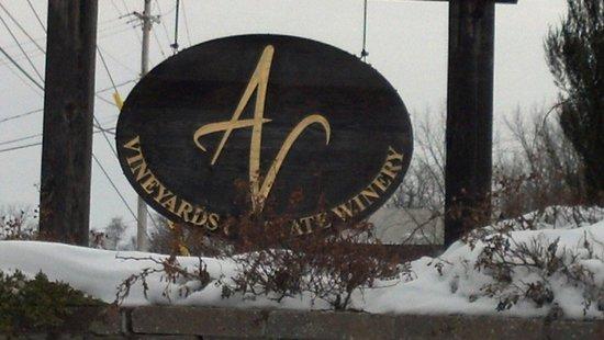 Anyela's Vineyards: Snowy sign at entrance.