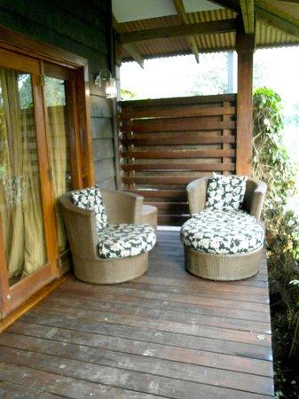 Arusha Coffee Lodge: ingresso suite