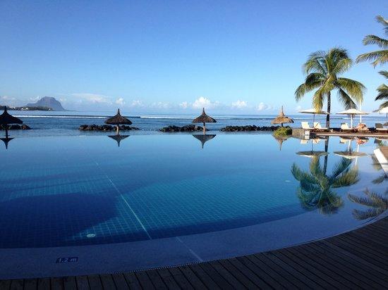 Sands Suites Resort & Spa: Piscine