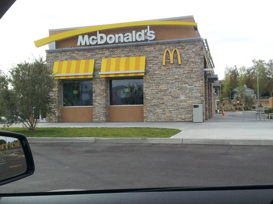 McDonald's: McDonalds in Loma Linda is Now Open.....Hooray