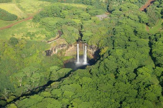 Mauna Loa Helicopter Tours: Wailua Falls