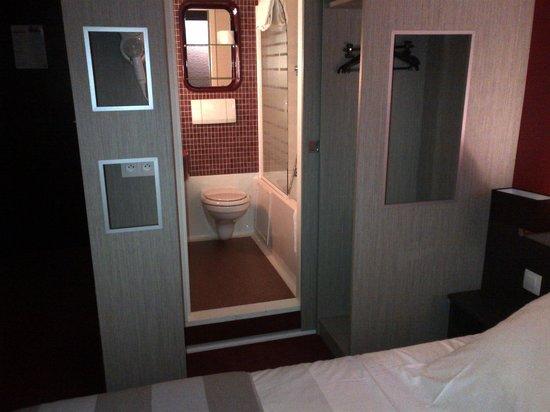 Eden Hotel : sdb