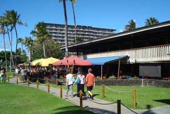 Leilani's On The Beach: Leilani's On The Beach, Whaler's Village, 2435 Kaanapali Pkwy, Kaanapali, Maui, Hawaii