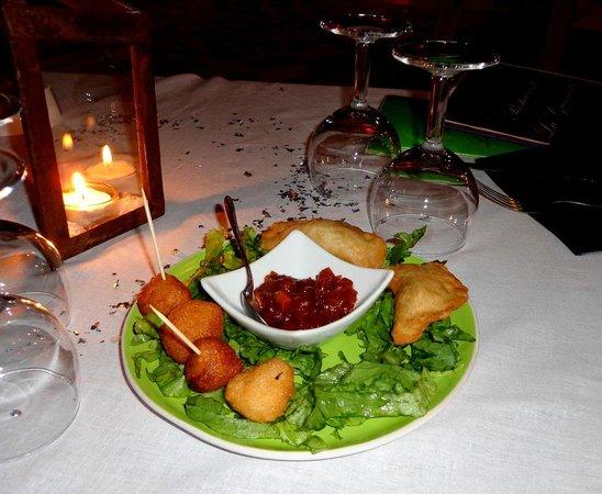 La Guinguette : acras et samosas