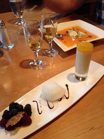 Sawridge Inn and Conference Centre Jasper: Dessert at the restaurant