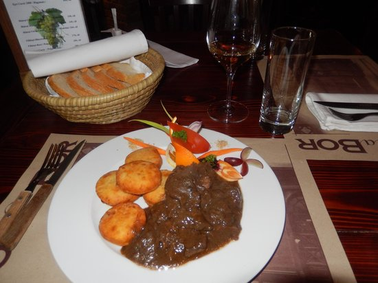 BorLaBor Restaurant: Dinner of Venison Stew with Hungarian Potatoes