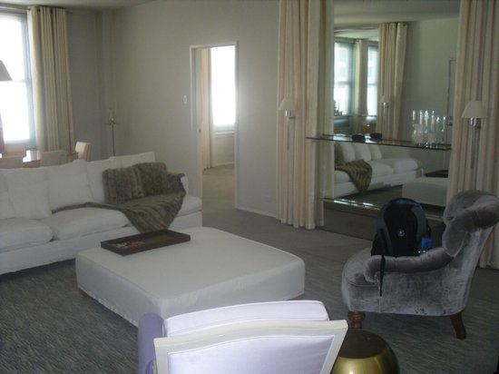 Clift Hotel San Francisco : One bedroom suite