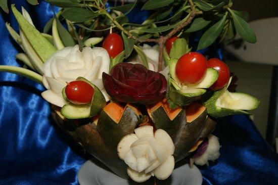 TUI MAGIC LIFE Penelope Beach: décoration du buffet faite à base de légumes
