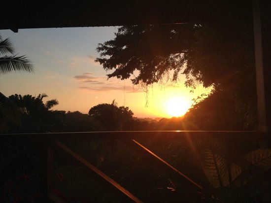 Diquis Del Sur : Sunset from the dining room