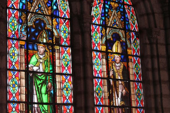 Basílica: Beautiful stained glass