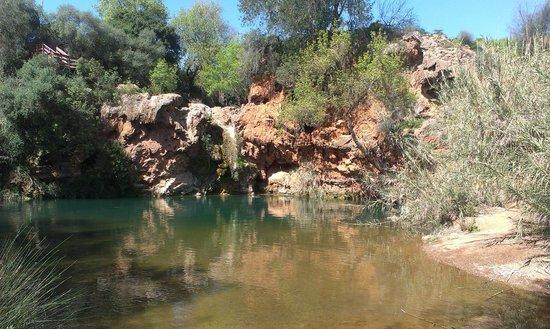 Pego do Inferno: wasserloser Wasserfall