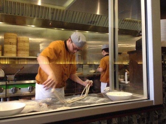 Everyday noodles: Pulling noodles!