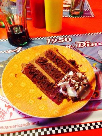 1950 American Diner: 😀