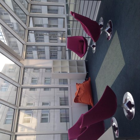 Hotel Berlin, Berlin: Galleria Berlin